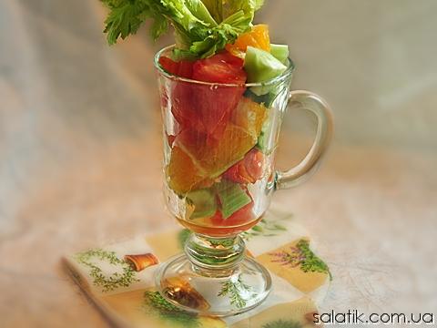 фитнес салат с сельдереем