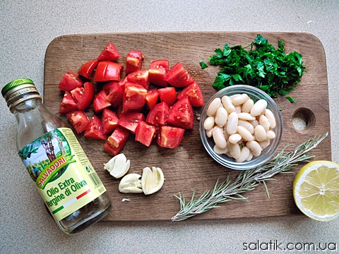 салат с фасолью и розмарином