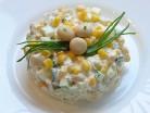 салат с кукурузой и огурчиком