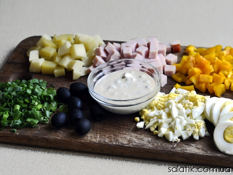 картофельный салат с ветчиной продукты