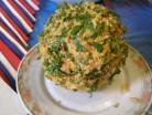 салат американский сырный шар