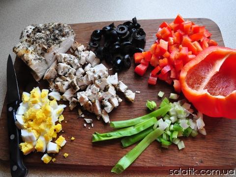 салат с курицей и оливками пошагово фото