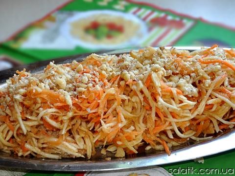 салат витаминный с сельдереем